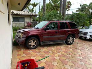 Chevy UT red 2005 trail blazer LS for Sale in HALNDLE BCH, FL