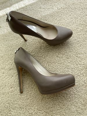 Grey Michael Kor's shoes (size 6.5) for Sale in Los Angeles, CA