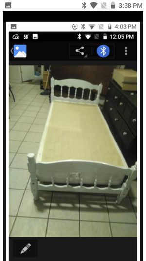 Twin bed frame with box spring NO Mattress for Sale in Cathedral City, CA