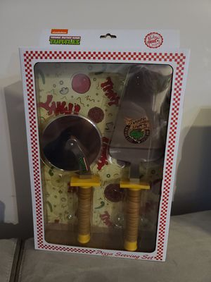TMNT Pizza Serving Set Cutter and Spatula for Sale in Stafford, VA