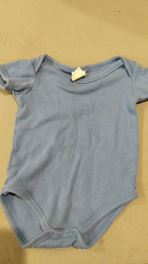 Boys size 0 to 3 months onesie for Sale in Hazelwood, MO