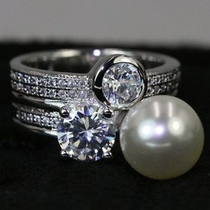 Luxury Perl Ring Sizes:6,7,8,9 for Sale in Palatine, IL