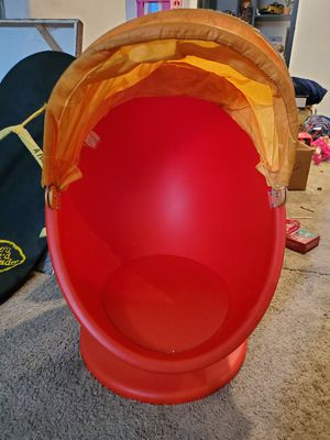 Kids swivel chair for Sale in Longmont, CO