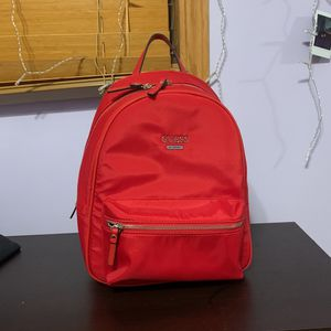 GUESS Red Backpack (Medium) BRAND NEW for Sale in New Lenox, IL