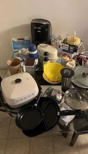 Kitchen appliances for Sale in Hesperia, CA