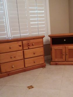 Solid Wood Bedroom Set With Dresser And Night Stand Good Condition Everything Works Perfectly for Sale in San Dimas,  CA