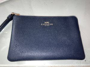 Navy Coach wristlet zip wallet for Sale in Medford Lakes, NJ
