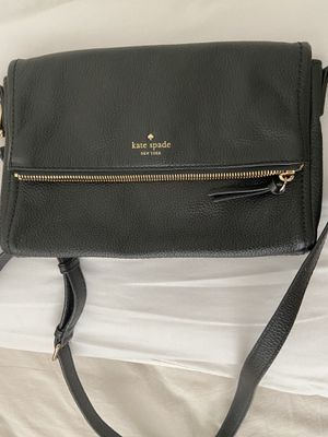 Kate Spade ♠️ leather bag for Sale in Los Angeles, CA