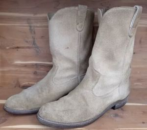Men's Suede Frye Boots for Sale in Cary, NC