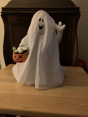 Hallmark ghost. Plays I want candy for Sale in Bellefonte, PA