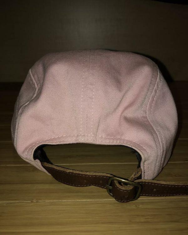 Supreme pink hat