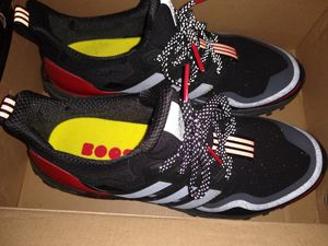 ADIDAS ultraboost GUARD SIZE 9 MEN for Sale in Los Angeles, CA