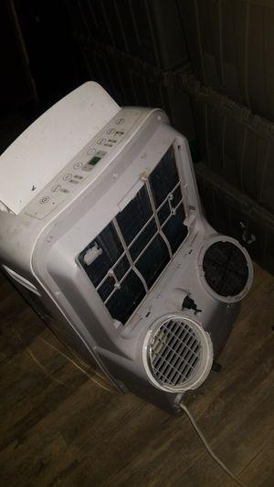 Artic King Portable AC / Heater 12000 BTU Dehumidifier for Sale in Bradenton, FL