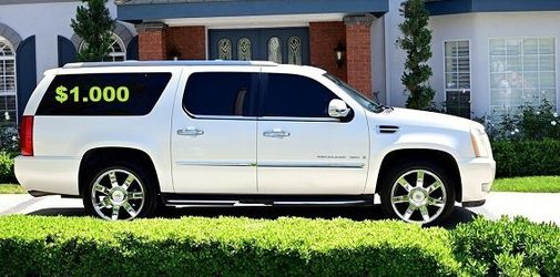 💚URGENTLY $10OO I sell my family car 2OO8 Cadillac Escalade Runs and drives great.Clean title!!✅✅✅!.!. for Sale in Newark,  NJ