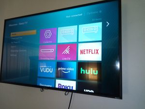 Hisense 42' smart TV. Only 2 months old trying to get $100 for Sale in Covina, CA