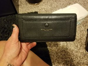 Black Leather Marc Jacob wallet for Sale in Lynnwood, WA