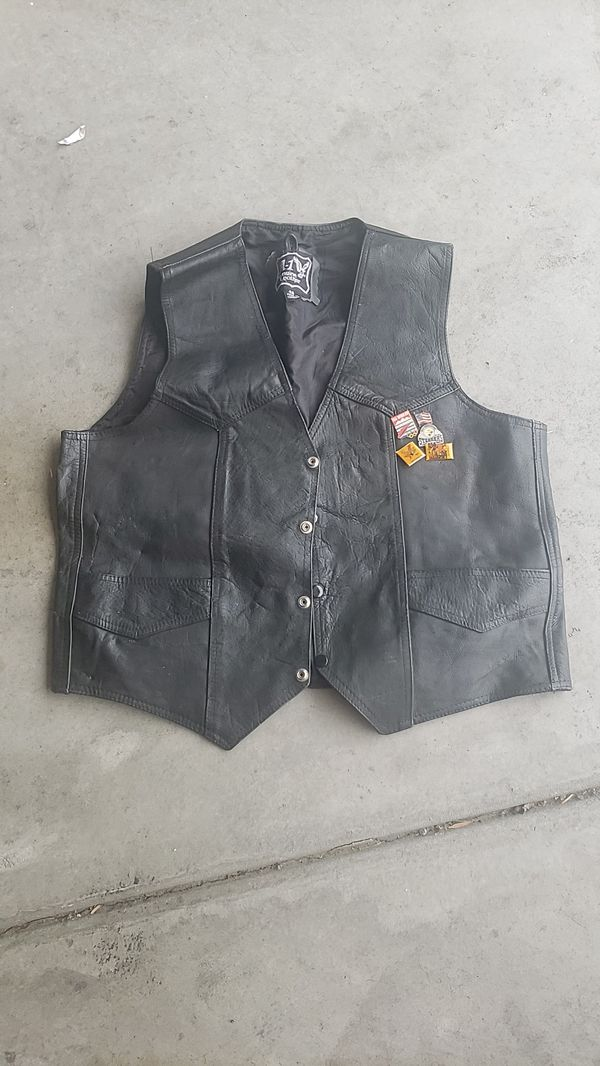 Leather motorcycle vest - Mens size 48