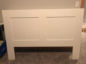 Queen size head board for Sale in Bothell, WA