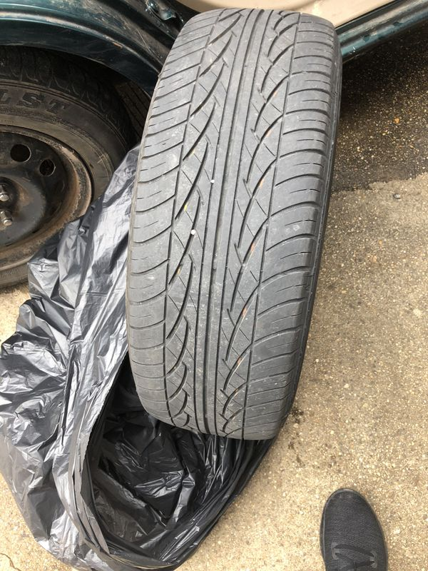 2 tires 195/60R15 $60 with rims