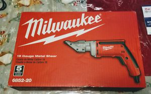 MILWAUKEE 18 GAUGE METAL SHEAR NEW for Sale in Jersey City, NJ