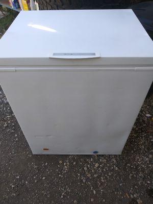 Frigidaire freezer for Sale in San Antonio, TX