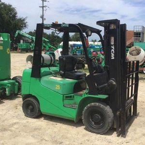 TCM Forklift -5000Lb Pneumatic for Sale in Scotch Plains, NJ