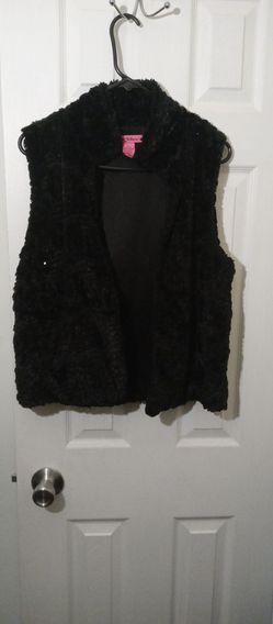 Betsey Johnson Fluffy Fur Vest for Sale in MD,  US