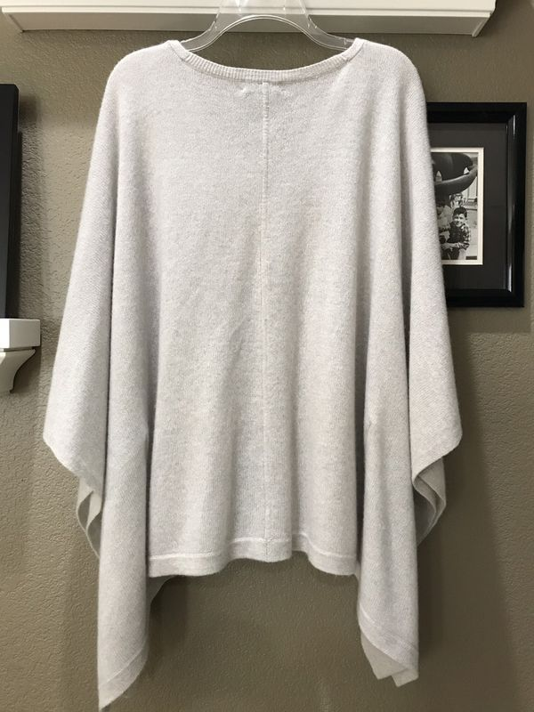 Macy's Charter Club cashmere soft gray poncho, fits small to large