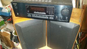 Onkyo tx8211 receiver and speakers for Sale in Fort Pierce, FL