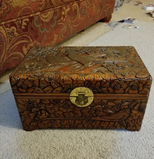 ANTIQUE VINTAGE HANDCARVED CAMPHOR CHEST FROM ASIA... China, Japan or Korea. HANDMADE NEARLY 100 YEARS AG0 for Sale in Nederland, TX