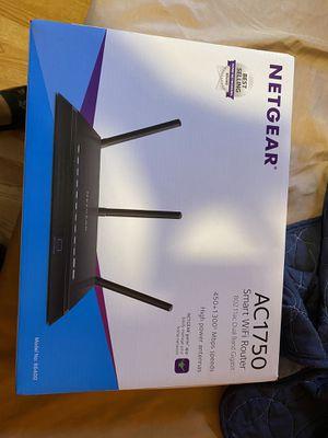 Netgear router for Sale in Berwyn, IL