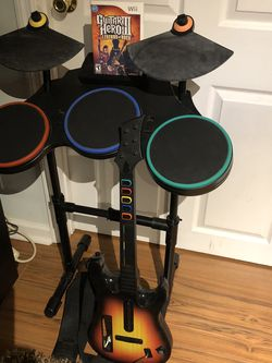 Guitar Hero III For wii With Drums, Guitar, & Foot Pedal for Sale in Wayne,  NJ