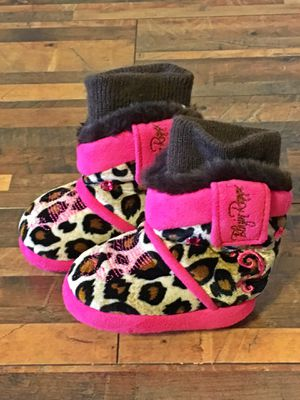 Adorable cheetah print w/pink rhinestone infant booties for Sale in Peyton, CO