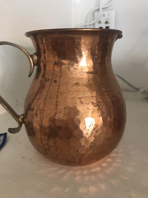 Antique vase for Sale in Lake Elsinore, CA