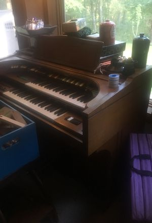 Organ for Sale in Columbia, CT