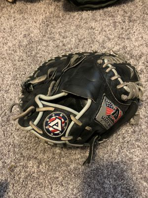 Akadema catcher glove for Sale in Maple Valley, WA
