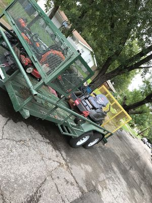 Cut yards,haul material ,pick up trash , moving things , for Sale in Dallas, TX