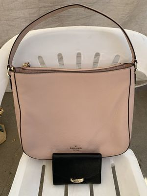 kate spade new york leather medium shoulder bag and medium size wallet NWT ♠️ Serious inquires only please Low offers will be ignored Pick up only for Sale in Pico Rivera, CA