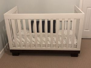 3-in-1 Convertible Crib w/Mattress for Sale in Virginia Beach, VA