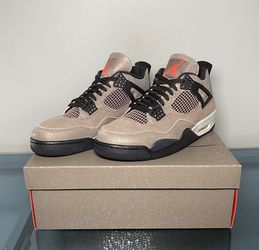 Jordan 4 Retro ( Taupe Haze) for Sale in Madison Heights,  MI