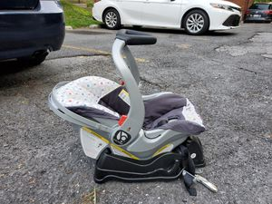 Car seat with base for Sale in Takoma Park, MD