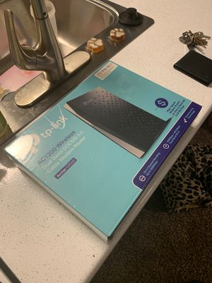 Tp-link dual band cable modem router NEW for Sale in Glendale, AZ