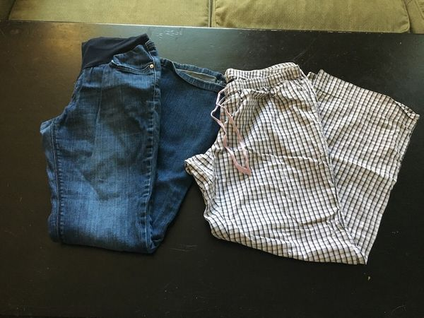Maternity clothes - size Small