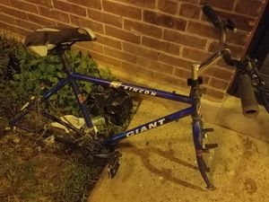 GIANT Rincon 27 inch Road Bike Frame (Used) for Sale in Philadelphia, PA