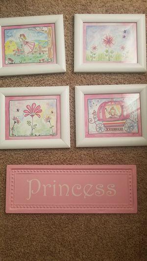 Girls room like new wall decor for Sale in Murfreesboro, TN