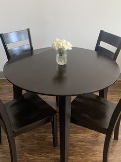 Table & 4 Chairs for Sale in Nashville,  TN