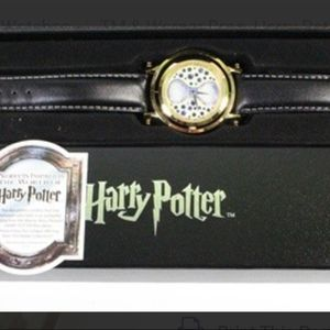 TM & Warner Bros. Harry Potter Time Turner Watch for Sale in Fort Myers, FL