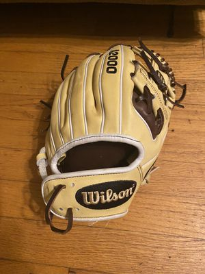 Wilson A2000 baseball glove *BRAND NEW* for Sale in Belmont, NC