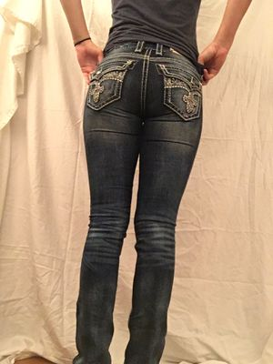 Rock Revival Dark Wash Jeans for Sale in Port Orchard, WA