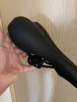 Genesis bike seat BRAND NEW for Sale in Huntington Beach,  CA